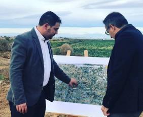 Mario Cervera junto al Delegado del Gobierno , Diego Conesa, en las obras del Canal D7 de Los Alcázares